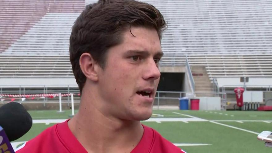 Wisconsin QB Hornibrook announces transfer