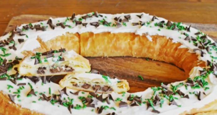 O&H Danish Bakery releases Milwaukee Bucks themed kringle