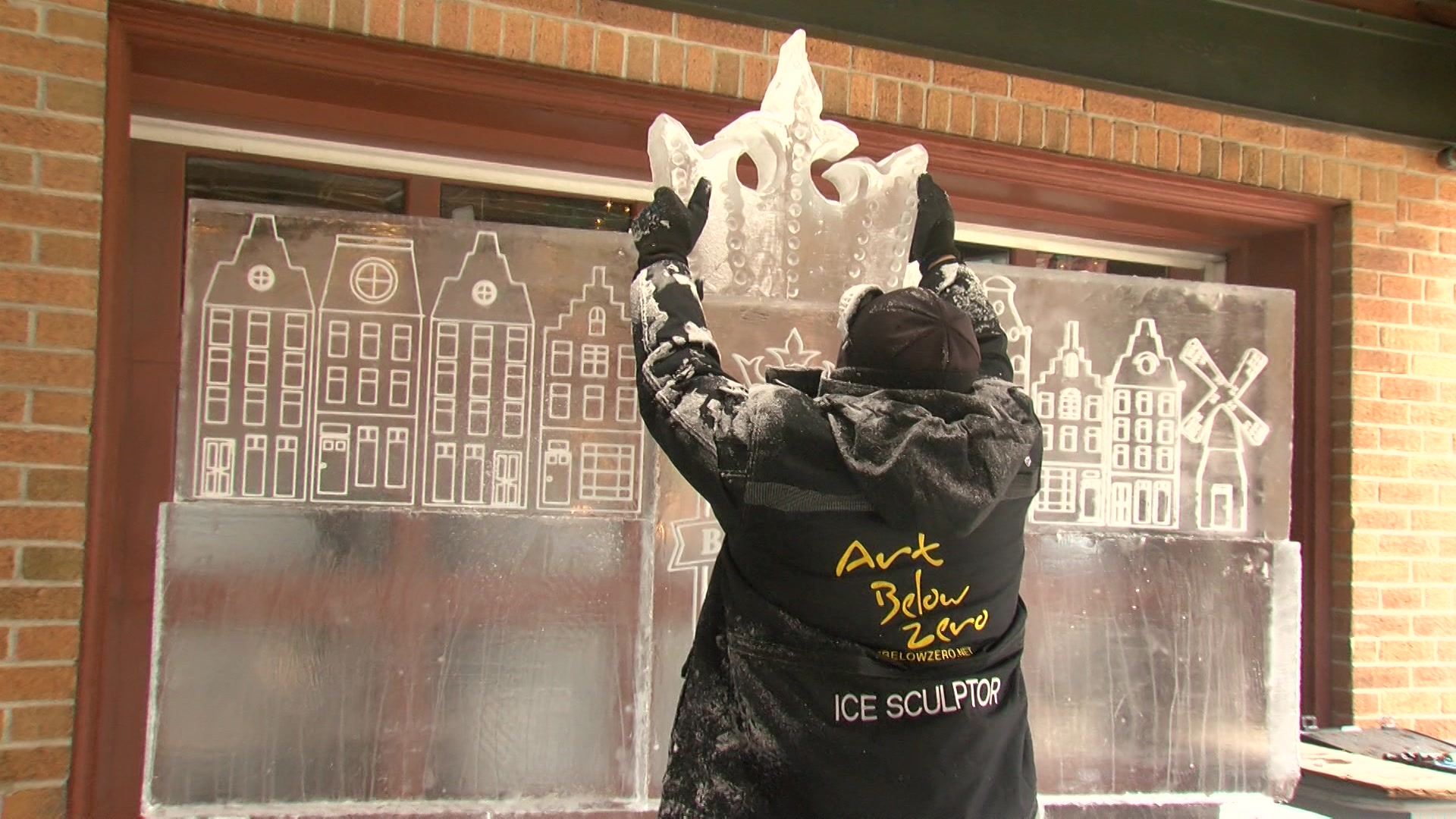 Ice Bars Return To Milwaukee S Third Ward