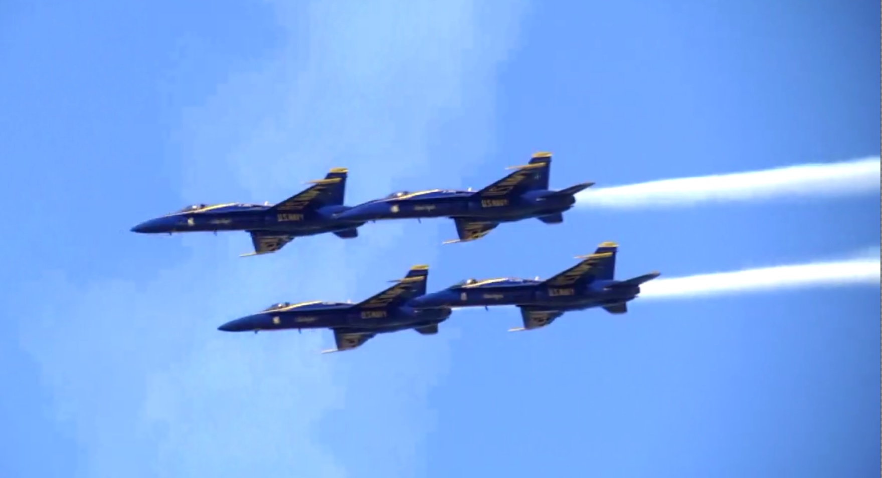 Milwaukee Air Show 2020.Blue Angels To Headline 2020 Milwaukee Air And Water Show
