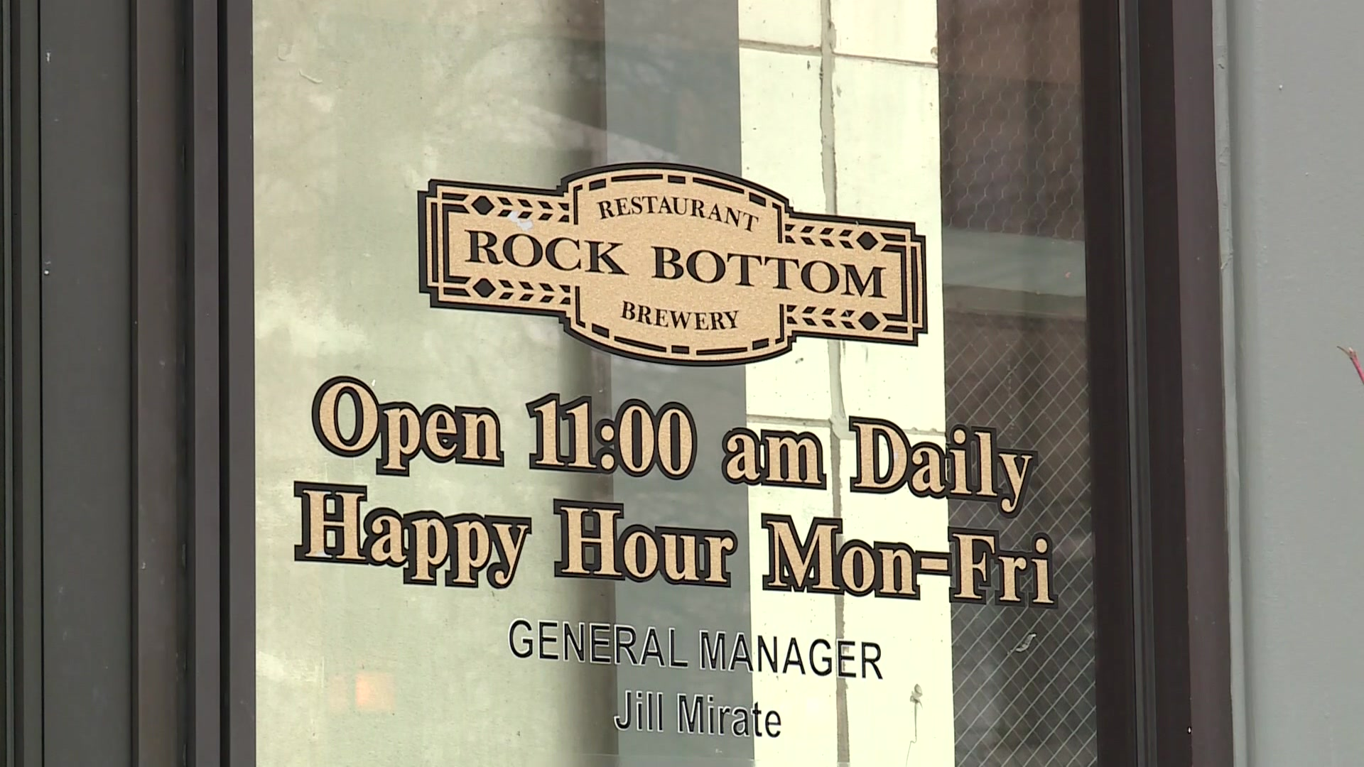 Rock Bottom temporarily closed in Milwaukee after ...