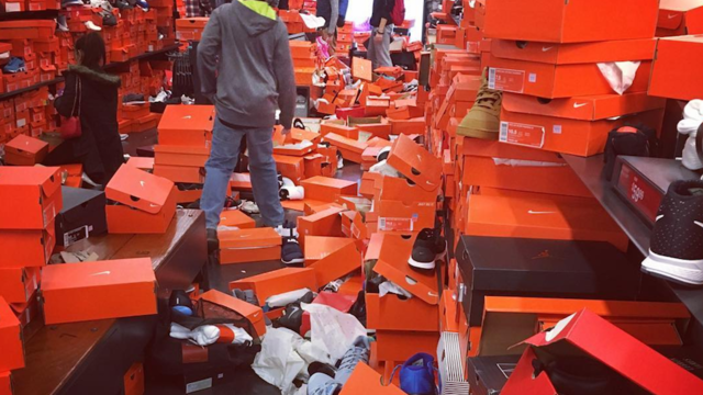 Shoppers Leave Nike Store Near Seattle a Mess