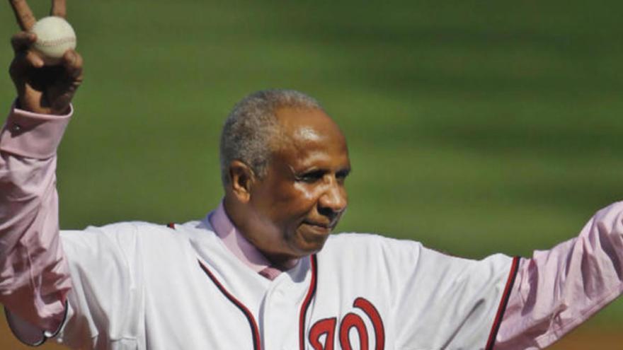 hot sale online 5c50d 11716 Frank Robinson, baseball s fearsome trailblazer, dies at 83