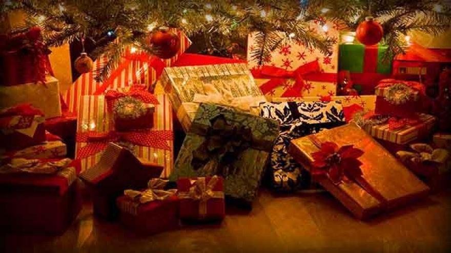 milwaukee radio station starts playing christmas music 247 - When Does Christmas Music Start Playing On The Radio