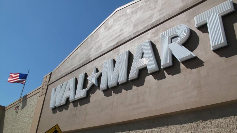 walmart trims its christmas eve hours