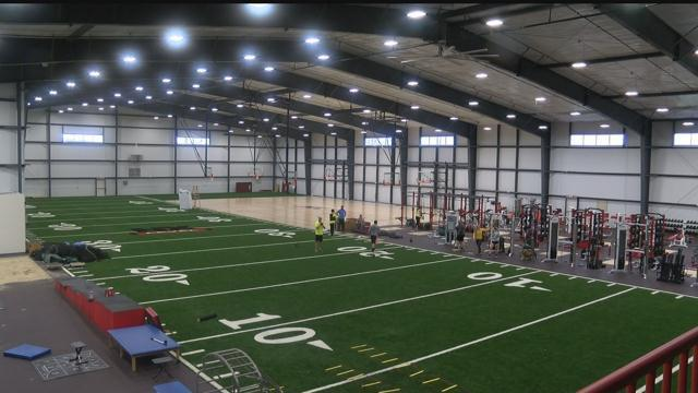 Nfl players use new waukesha sports training center for Athletic training facility design