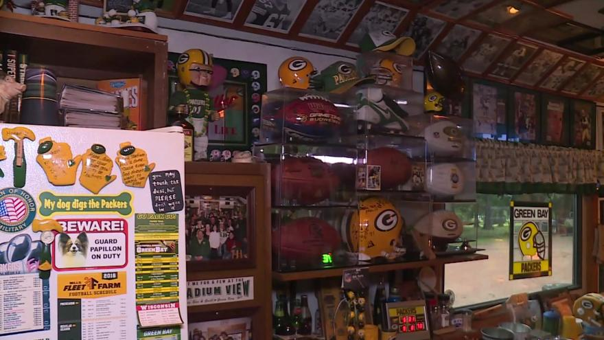 Wausau man creates Packers fan cave in his garage