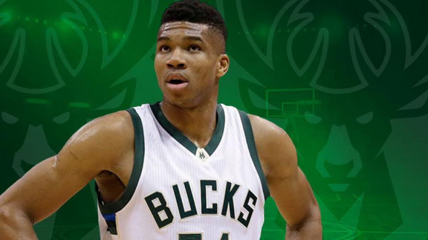 Antetokounmpo scores 27 to lead Bucks over Rockets 116-109 548916180