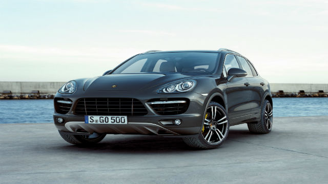 Germany Recalls 22 000 Porsche Suvs For Emissions Cheating Software