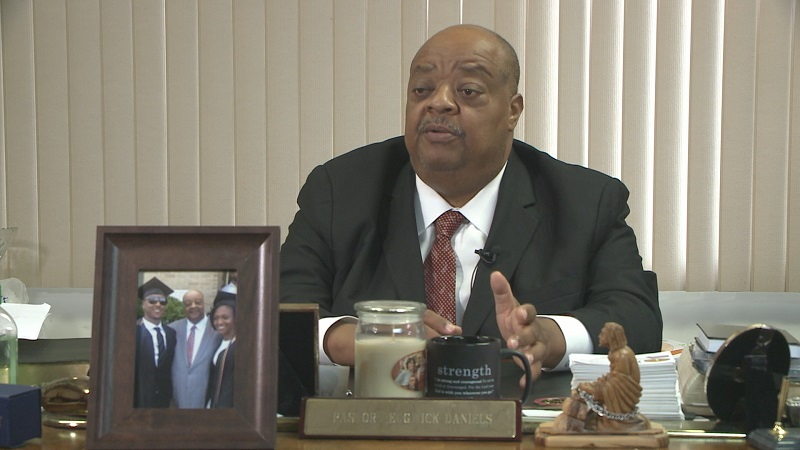 Milwaukee bishop says he was refused business at Best Buy after trying to buy iPads for church