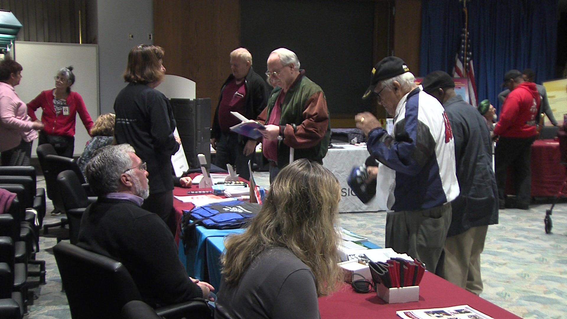 Milwaukee VA celebrates White Cane Safety Day with services for visually impaired veterans
