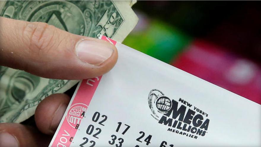 Mega Millions jackpot reaches $521 million ahead of Friday night drawing