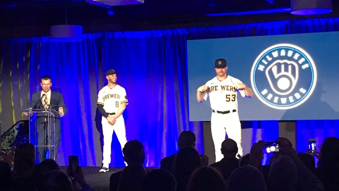 Brewers reveal new logo, uniforms for 2020