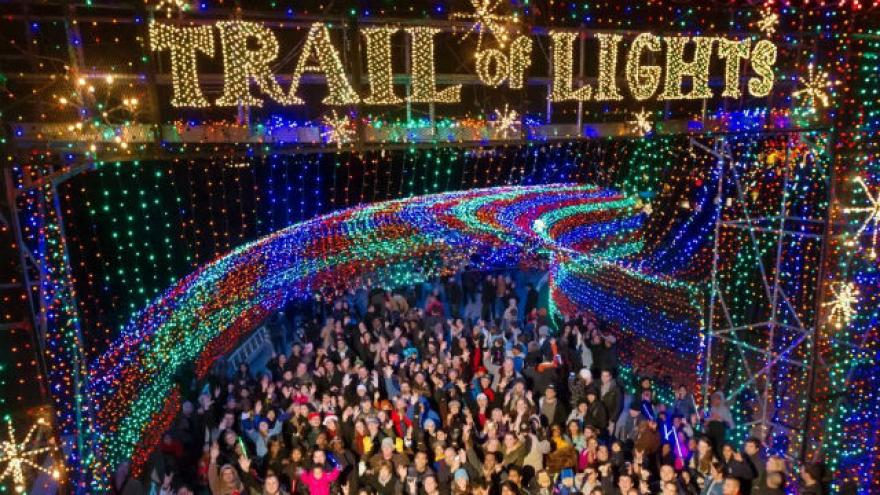 7 best places to see christmas lights in the usa - Where To Go See Christmas Lights