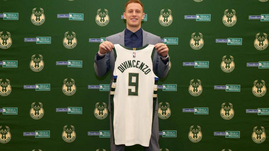 12b48c4b198 Bucks officially sign Donte DiVincenzo to rookie contract