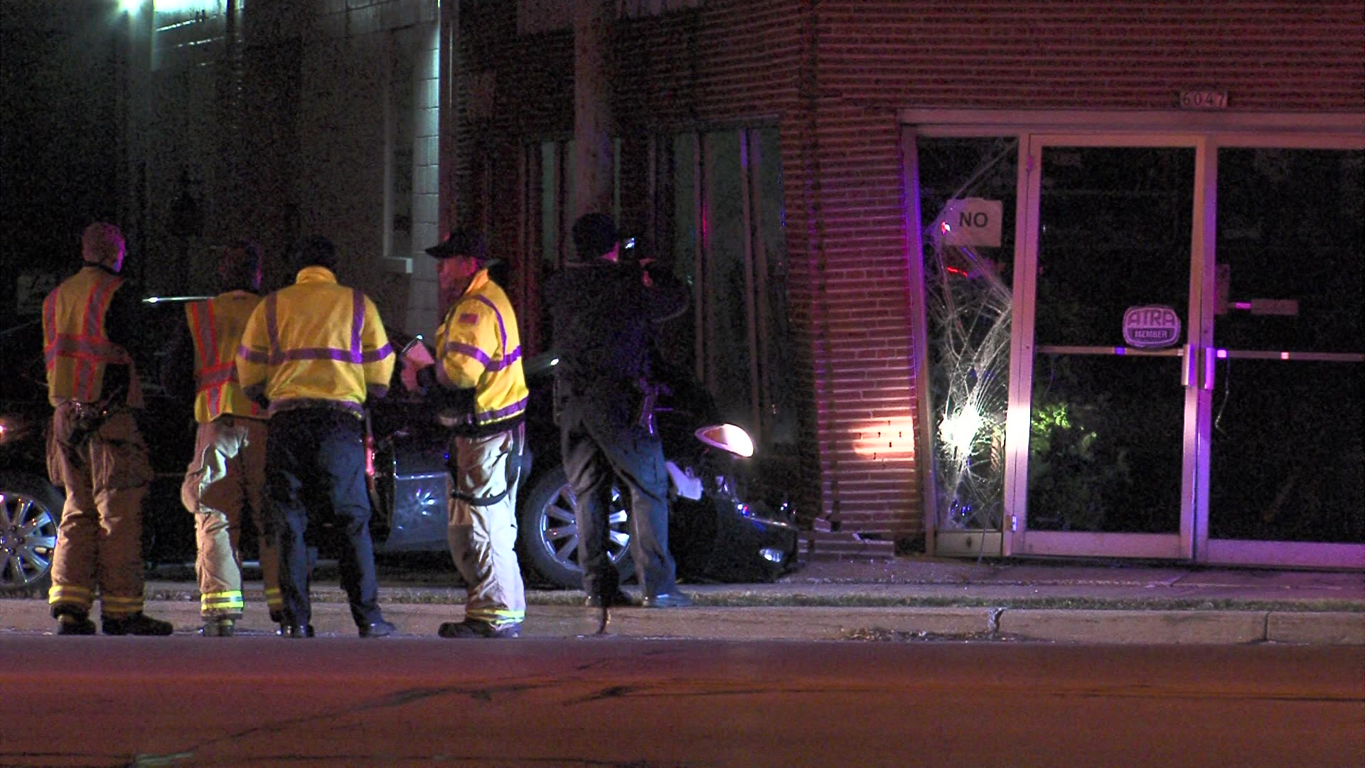 Car Crashes Into Building Milwaukee