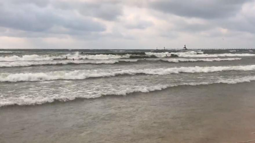 Red Flags Were Flying At The Beaches Along Lake Michigan S Sline On Tuesday And Wednesday Because Of Mive Waves Abnormally Large